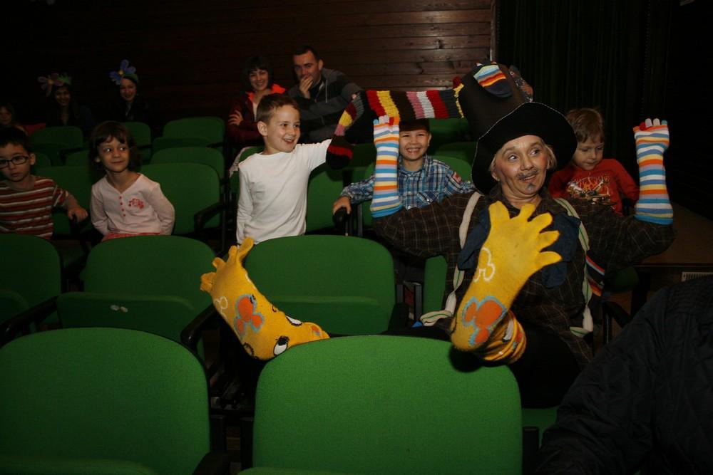 DV Sisak Novi obilježio Međunarodni dan dječjeg kazališta i Dan lutkarstva
