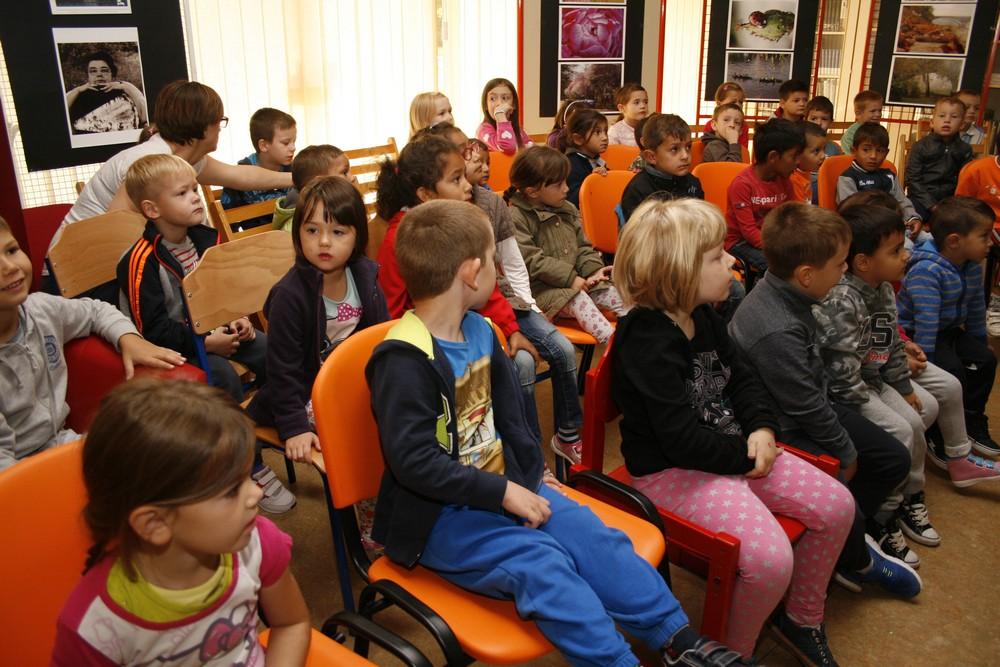 Sisačka šarena inkluzija: Nakon posjeta knjižnici organiziran paraolimpijski sportski dan u Maslačku