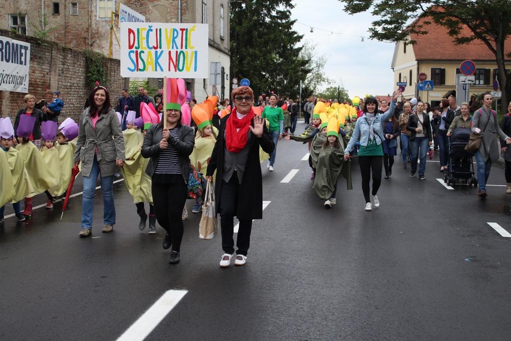 Tulipani DV Sisak Novi na Cvjetnom korzu