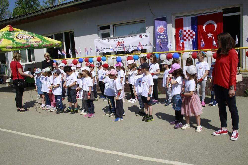 Dječji vrtić Sisak Novi domaćin 1. Međunarodnog Svjetskog festivala djece u Hrvatskoj