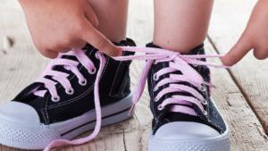 Kako naučiti vezati cipele?