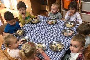 """Poticanje samostalnosti kod djece – skupina """"Pilići"""""""
