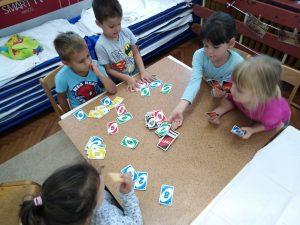 Društvene igre i njihov značaj za razvoj djeteta